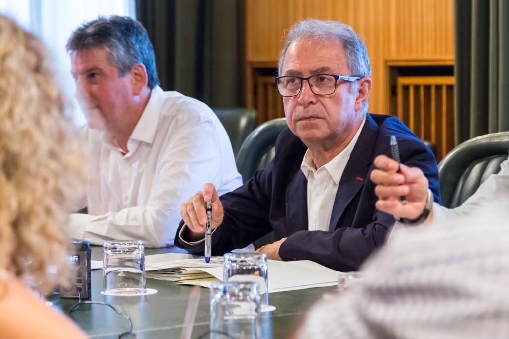 Fernando Gimeno niega la deuda que él mismo reclamaba sobre el tranvía de Zaragoza
