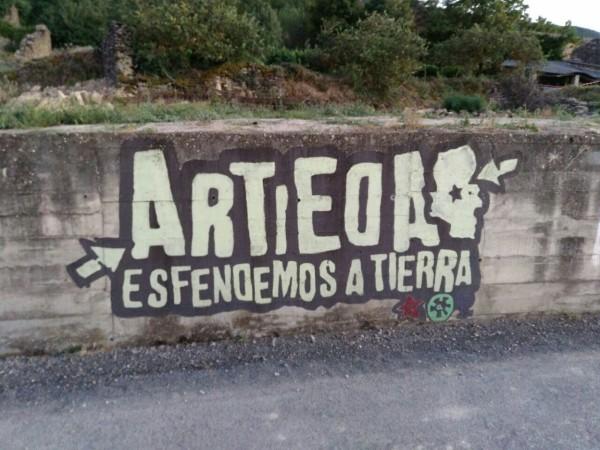 Mural situado en Artieda. Foto: Daniel López.