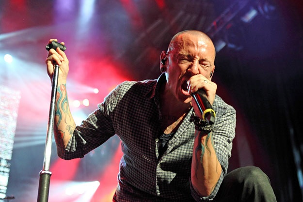 Hallan muerto a Chester Bennington, vocalista del grupo Linkin Park