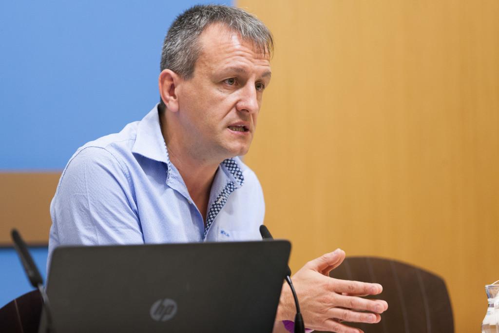 Rivarés llevará a la Comisión de Economía la propuesta de mantener Zaragoz@