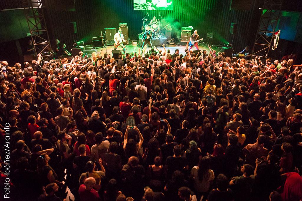 Las entradas para los dos conciertos de los Sapos en el CC Delicias se agotaron en pocos minutos. Foto: Pablo Ibáñez (AraInfo)