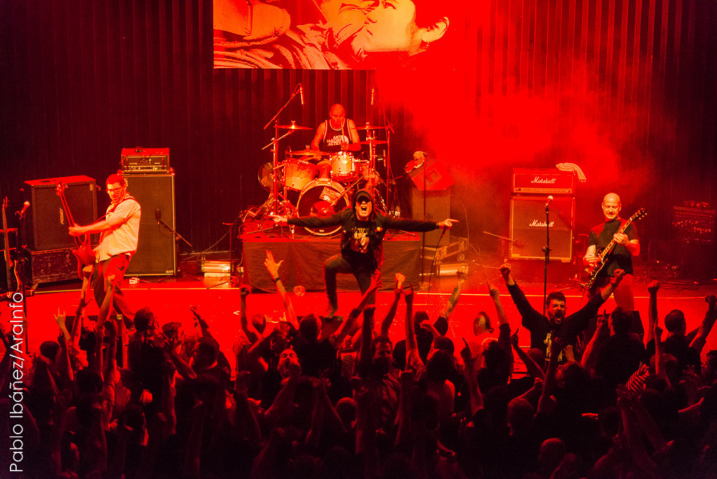Tras 17 años de ausencia la banda aragonesa regresó a los escenarios para cinco conciertos solidarios. Foto: Pablo Ibáñez (AraInfo)