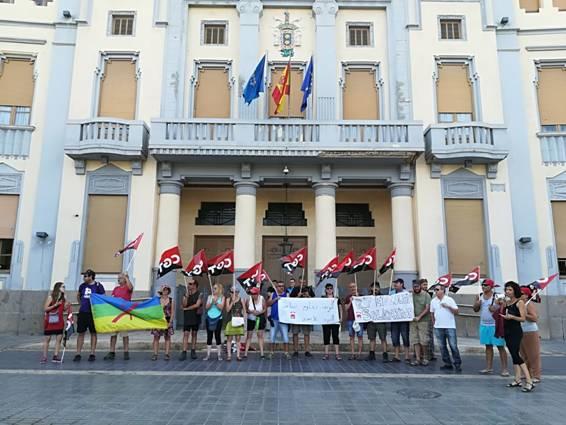 Apoyo al Movimiento Popular del Rif Hirak delante de la Asamblea de Melilla