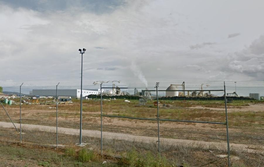 Extinguido el incendio declarado en la empresa UTISA de Cella