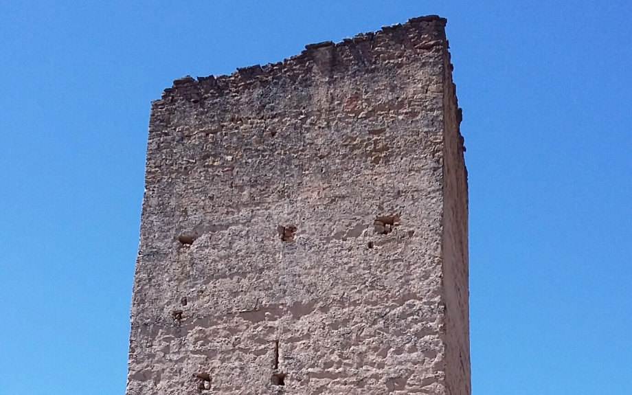 Puyalón felicita al Gobierno de Aragón por la próxima restauración de la Torre Piquer de Berge