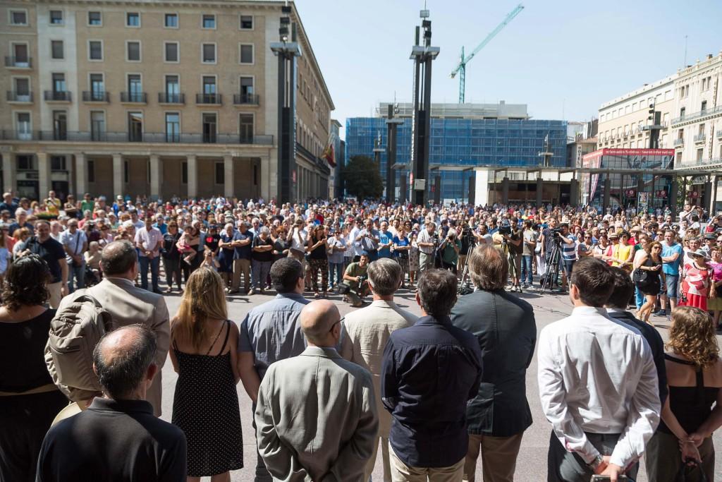 Los Ayuntamientos de Barcelona y de Cambrils recibirán la Medalla de Oro de la ciudad en las próximas Fiestas del Pilar