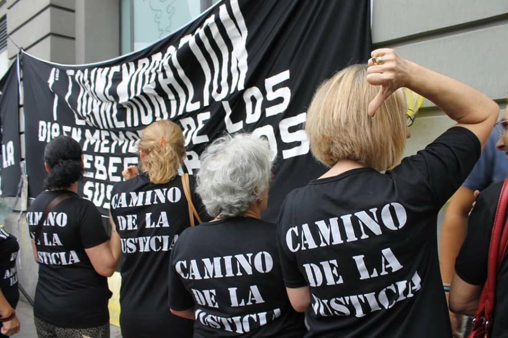 Organizaciones implicadas en la causa de bebés robados y adoptados ilegales se manifestarán frente al Congreso español