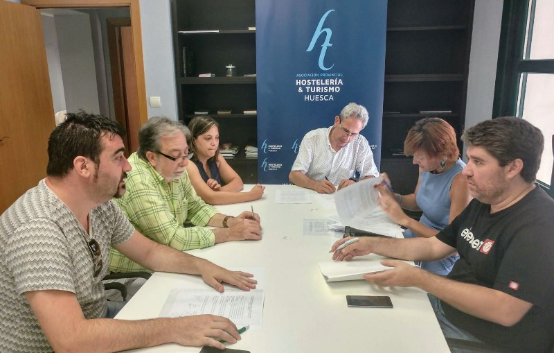 Firmado el convenio de hostelería de Uesca para los años 2016, 2017 y 2018