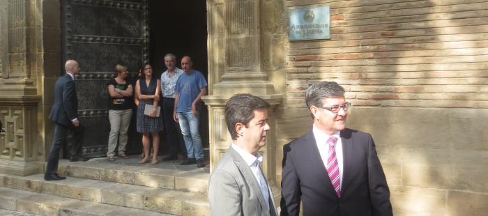 El Gobierno de Aragón ultima los convenios de política territorial con los ayuntamientos de Uesca y Teruel