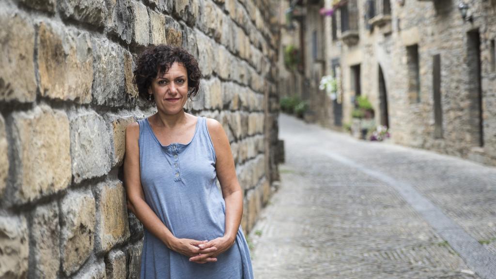 """María Pérez Collados: """"Son mujeres que levantan los pueblos, que levantan sus casas y que son importantísimas en la vida de los pueblos"""""""