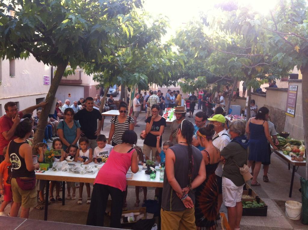 Masiva participación en la muestra de hortalizas del Somontano realizada en Peraltilla