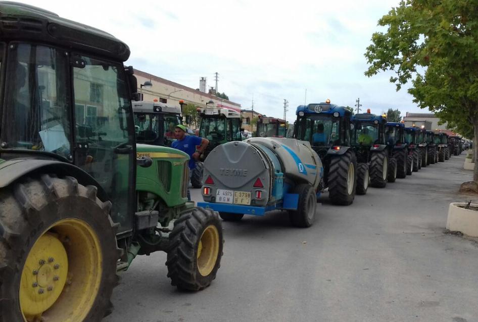 Protesta en Fraga por la crisis en el sector de la fruta dulce