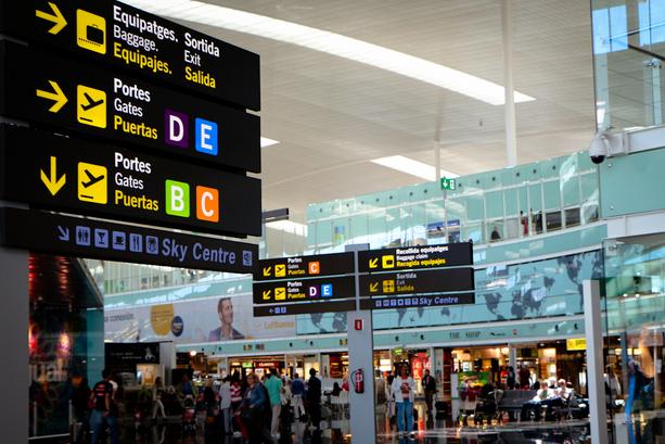 Los aviones lanzan el 20% de las emisiones del sector del transporte en el Estado español