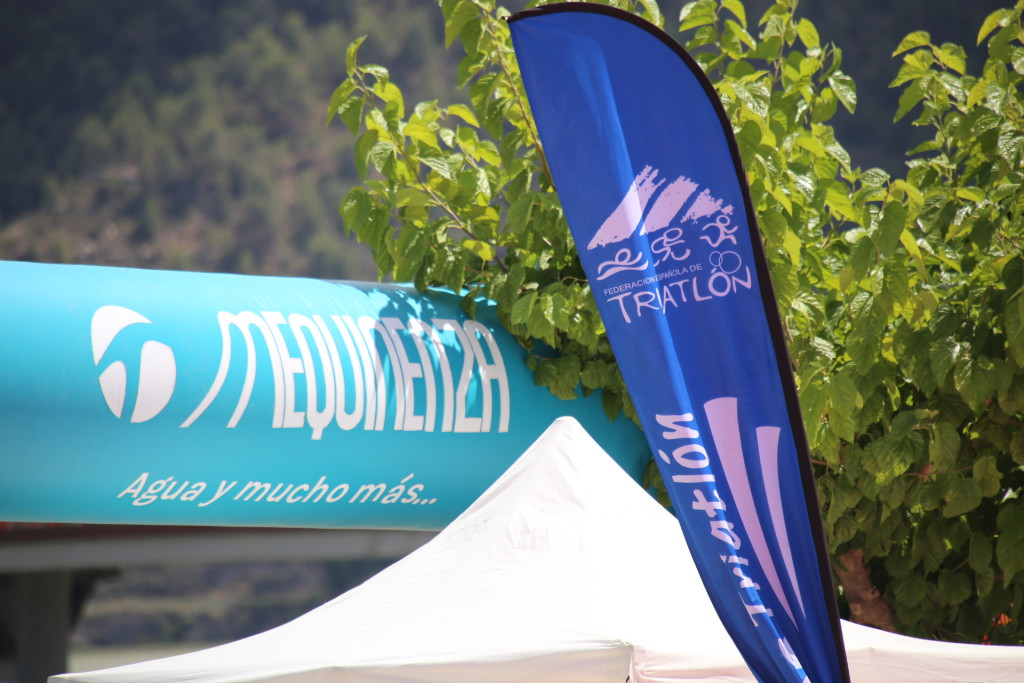 El Campeonato de Aragón de Triatlón que se disputará en septiembre en Mequinensa alcanza las 140 personas inscritas