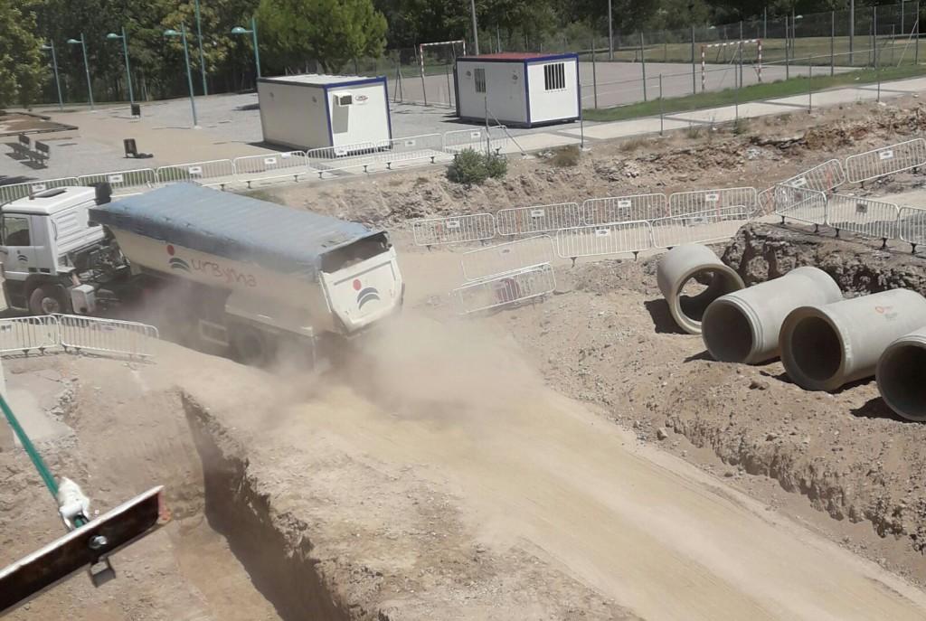 Vecinos de la Almozara solicitan la paralización inmediata de las obras del entorno de la Macrotorre de Plaza Europa
