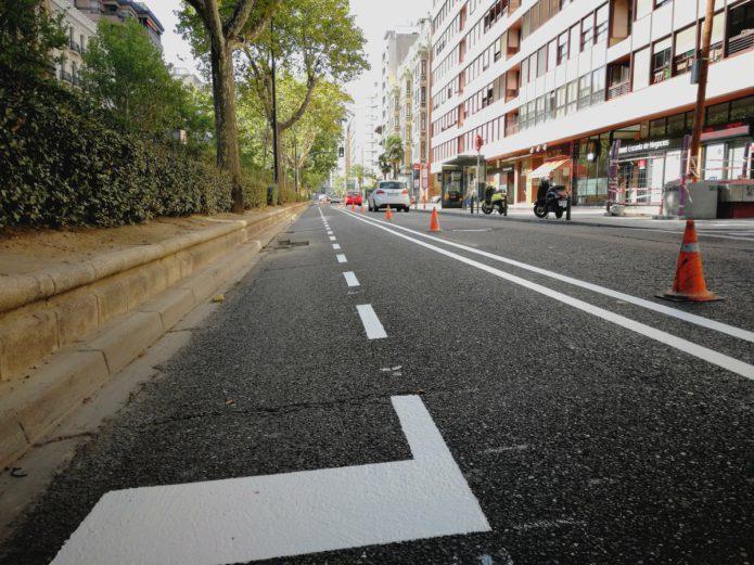 El primer tramo del carril bici de Paseo Sgasta ya está casi pintado y se suprime el giro a Lagasca