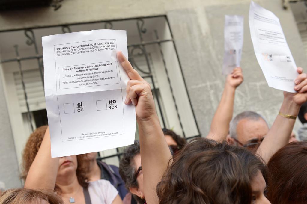 Actos públicos en Aragón de información sobre el referéndum de Catalunya
