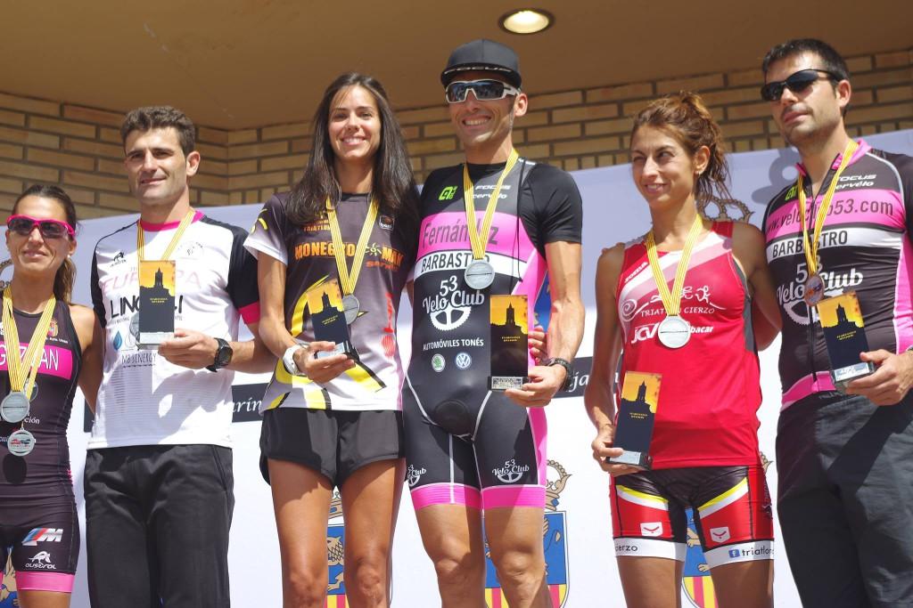 Carlos Fernández y Ana Llanos campeones de Aragón de Duatlón Cros 2017