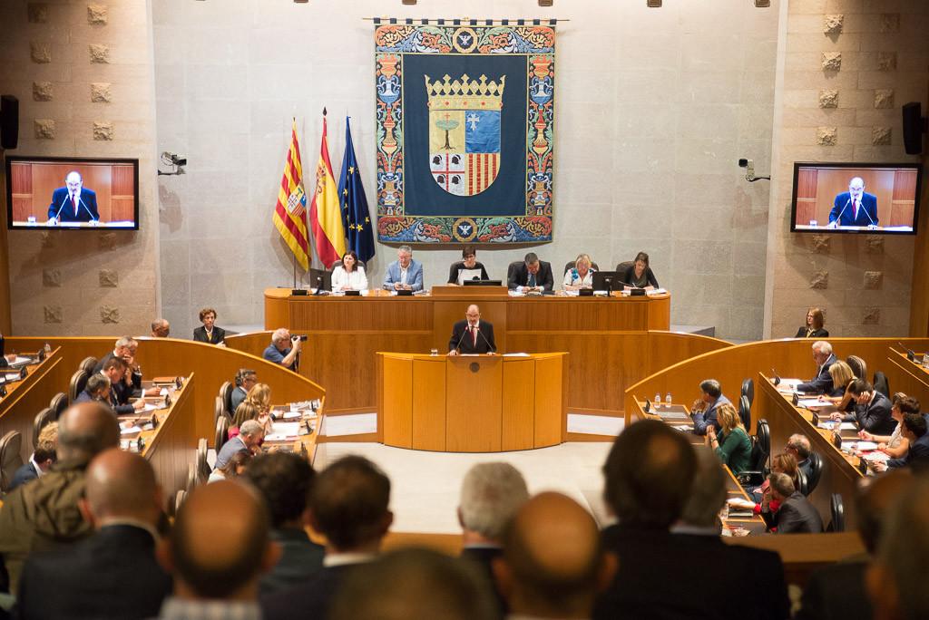 La falta de liderazgo y de proyecto para Aragón, motivos de preocupación para el resto de partidos políticos
