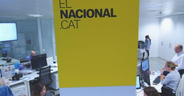 La Guardia Civil entra en varias redacciones de medios catalanes para notificar el veto a los anuncios del referéndum
