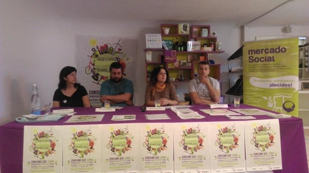 De izquierda a derecha: Isabel Félez (Chocolates Isabel), Iván Fernando (Aupro); Arantza Gracia (concejal de Educación e Inclusión del Ayuntamiento de Zaragoza), y Arturo Sancho (La Ciclería) en la rueda de prensa de este jueves. Foto: AraInfo)