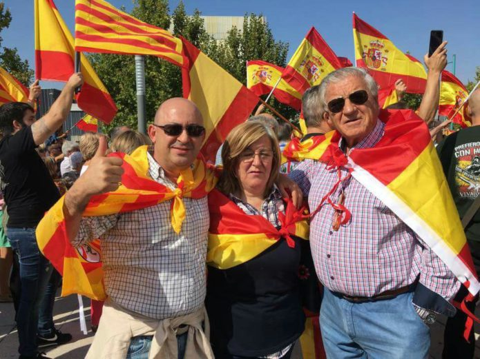 Dirigentes del PP de Zaragoza participaron en protesta violenta contra la asamblea del Siglo XXI