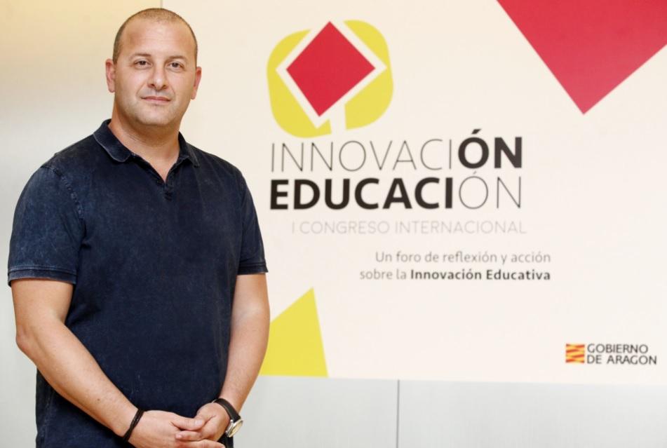 """Richard Gerver: """"Cualquiera puede enseñar conocimientos, pero solo los mejores profesores hacen que el aprendizaje esté vivo y suceda"""""""