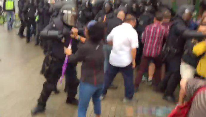 Líderes políticos internacionales y del Estado español muestran su rechazo ante la violencia de las FES