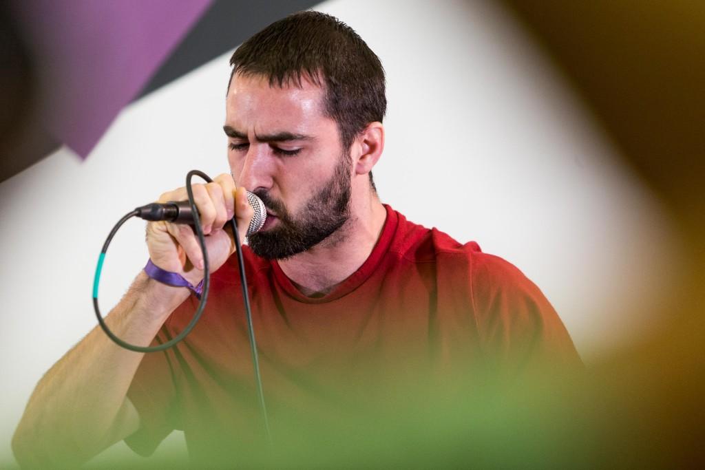Veinte grupos de la nueva escena musical en aragonés se unen para grabar un disco
