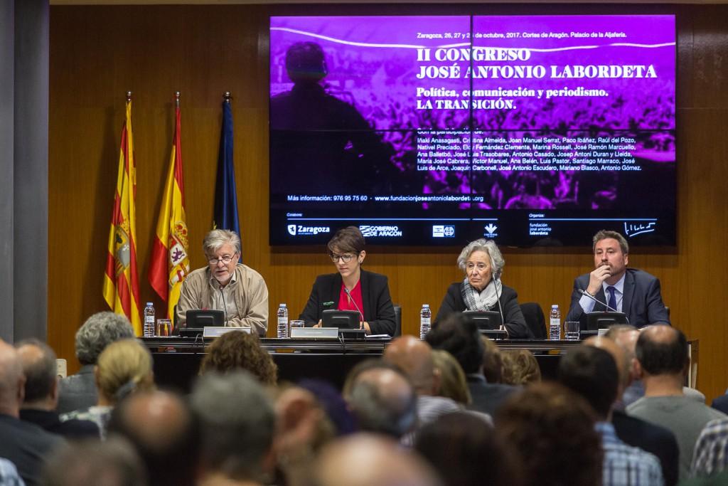 """La """"inacabada"""" transición a debate en el II Congreso José Antonio Labordeta de Política, Comunicación y Periodismo"""