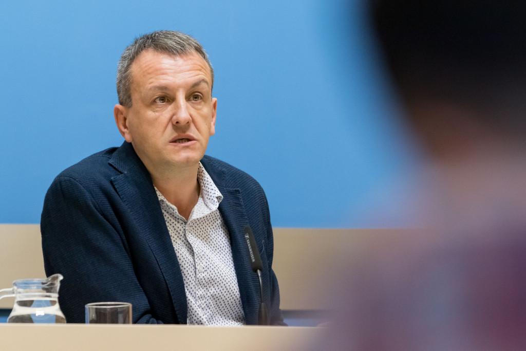 Un informe afirma que el Ayuntamiento de Zaragoza no es competente en el bloqueo de los patronatos