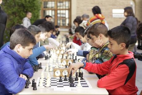 156 centros educativos aragoneses utilizan el ajedrez como herramienta de aprendizaje