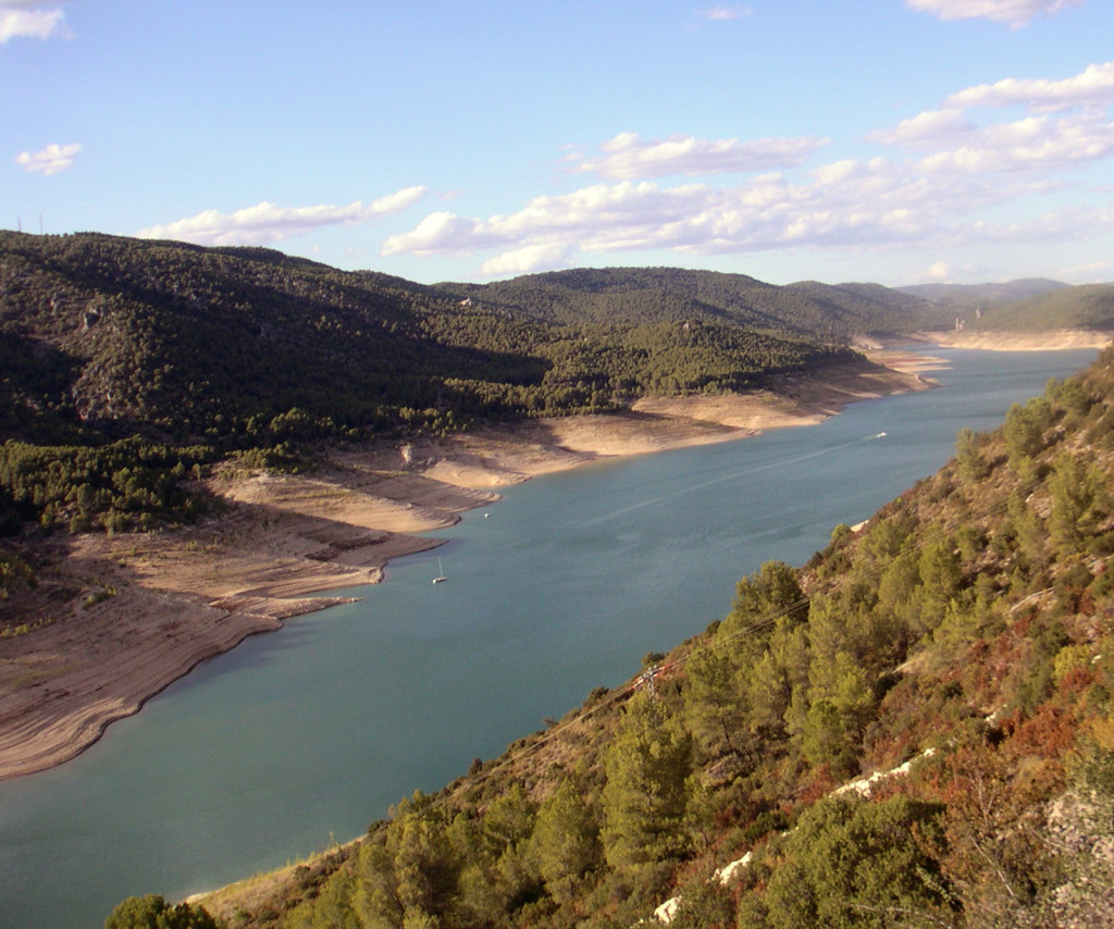El agua que no se tiene. Un nuevo vistazo a la política hidráulica