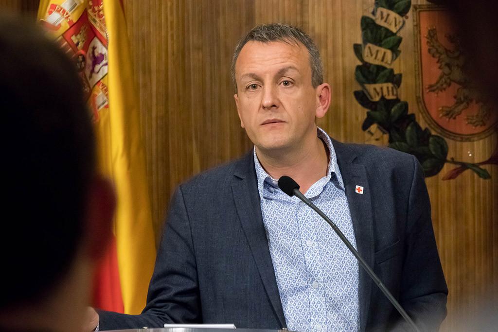 Fernando Rivarés asegura que el Gobierno de Aragón no quiere dialogar sobre el ICA