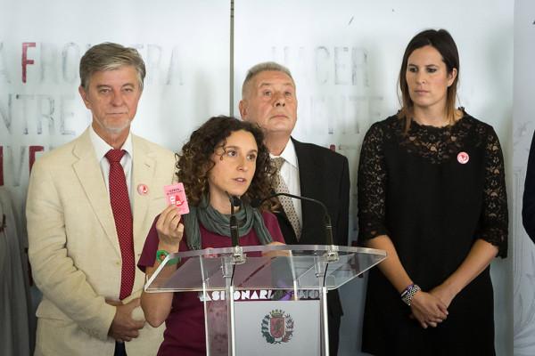 La concelaja Arantza Gracia durante la presentación de la campaña.