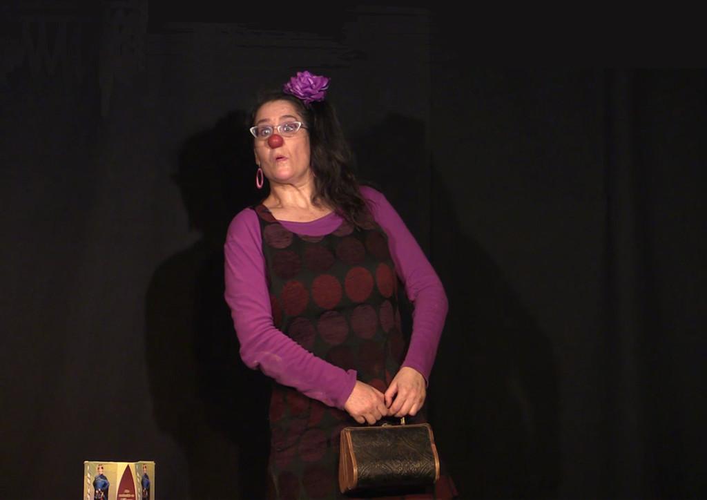 Teatro Arbolé acoge 'No somos ná', una desconcertante despedida entre el respeto y la ironía