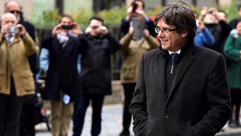 El juez belga deja en libertad con medidas cautelares a Puigdemont y sus cuatro consellers