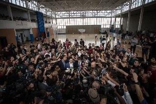 El president Puigdemont qualifica com a vergonyant l'actuació de la policia espanyola