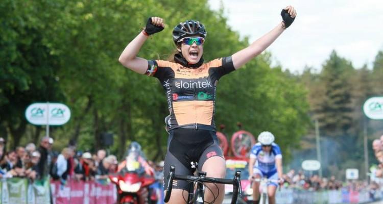 Exeya vuelve a reunir a grandes profesionales del ciclismo para impulsar los valores de este deporte