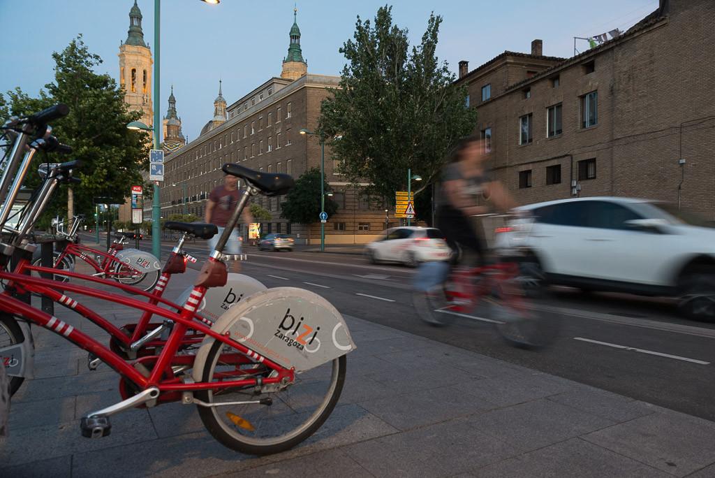 Transporte público, vehículos limpios y anillos verdes: Zaragoza aprueba el PMUS