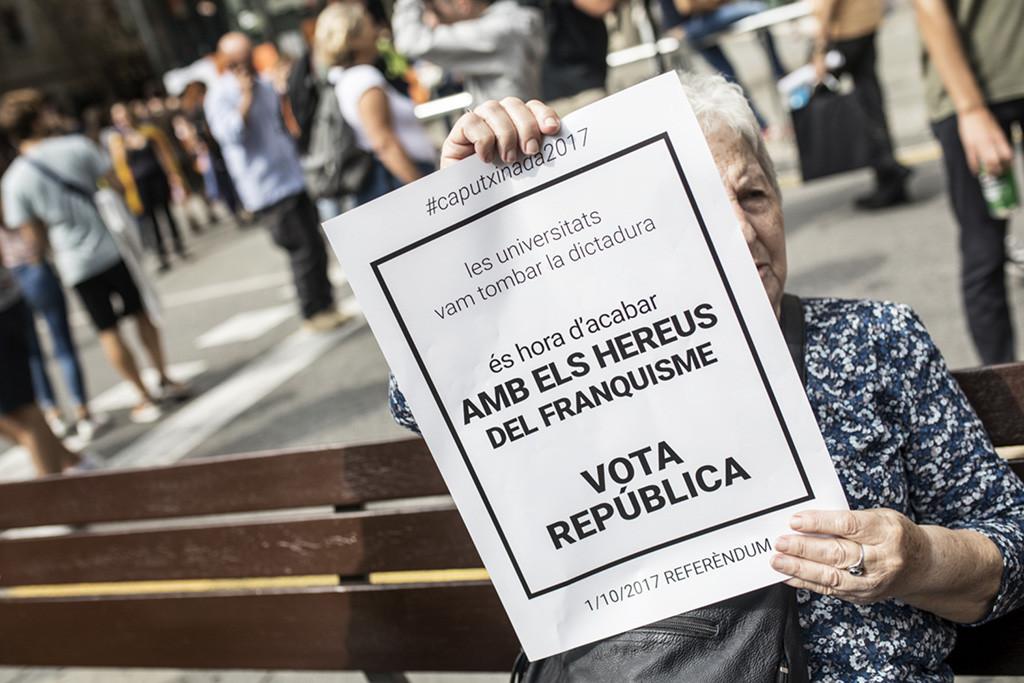 Comienza el macrojuicio contra el 1-O mientras Catalunya se prepara para el 21-D
