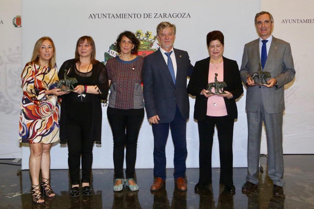 Entregados los títulos de 'Zaragozano y Zaragozana Ejemplar' a Presentación Torrecilla, Valentín Pamplona y Stadium Casablanca