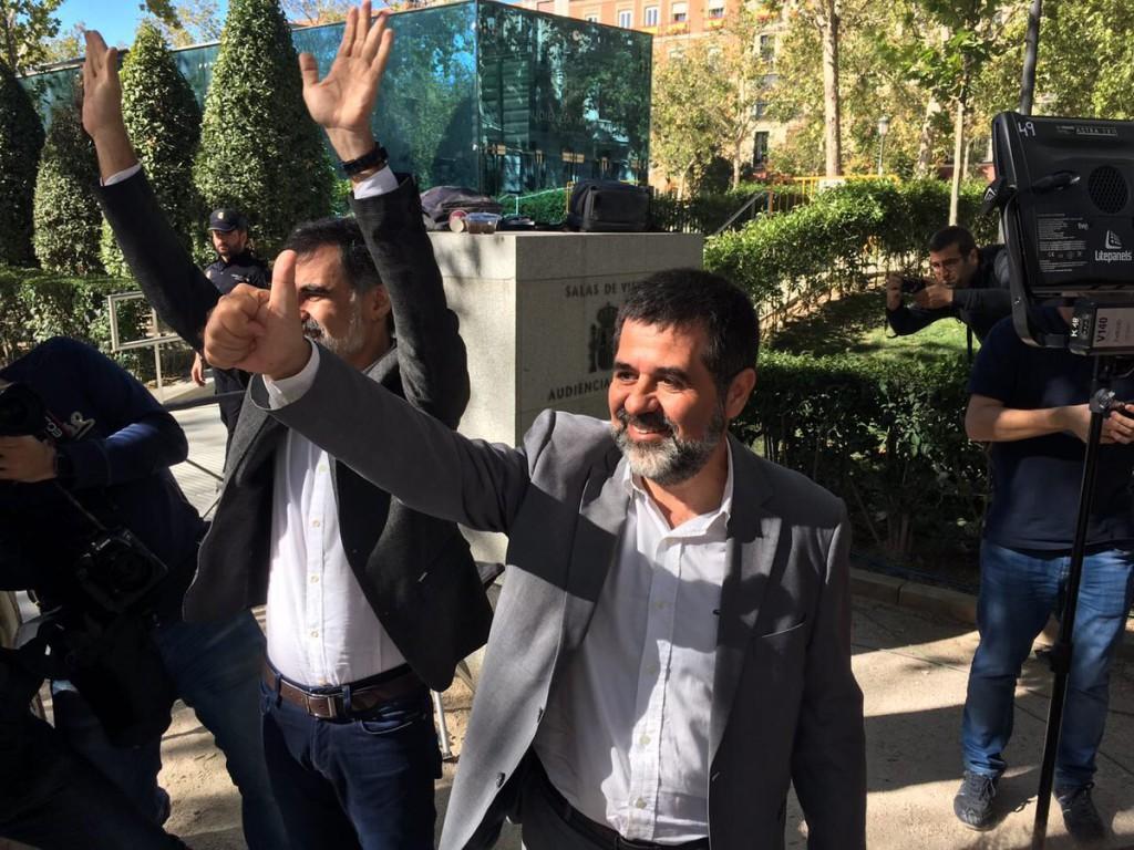 Tras la negativa del gobierno español al diálogo, la ANC pide levantar la suspensión de la independencia