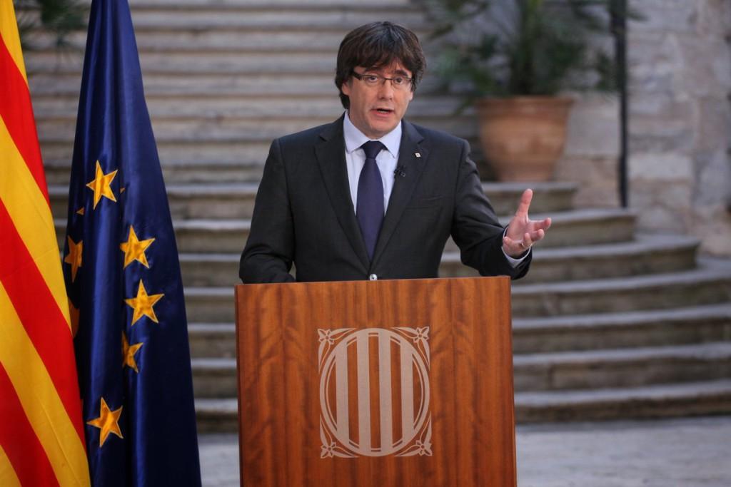 Puigdemont invoca a la calma tras el día histórico
