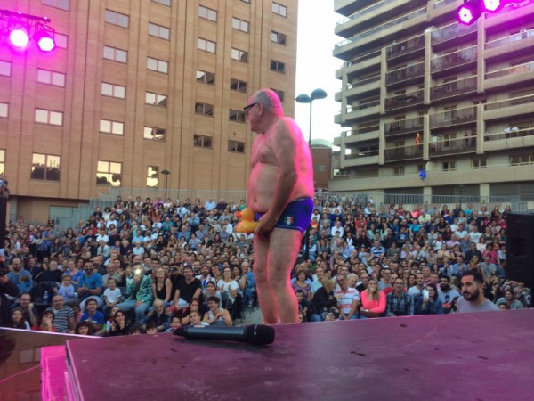 Leo Bassi el pasado domingo en la plaza de la Risa. Foto: AZ