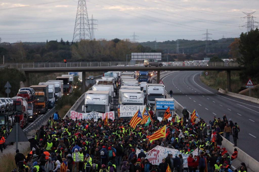 """Catalunya vive su segunda huelga general y """"aturada de país"""" en menos de 2 meses"""