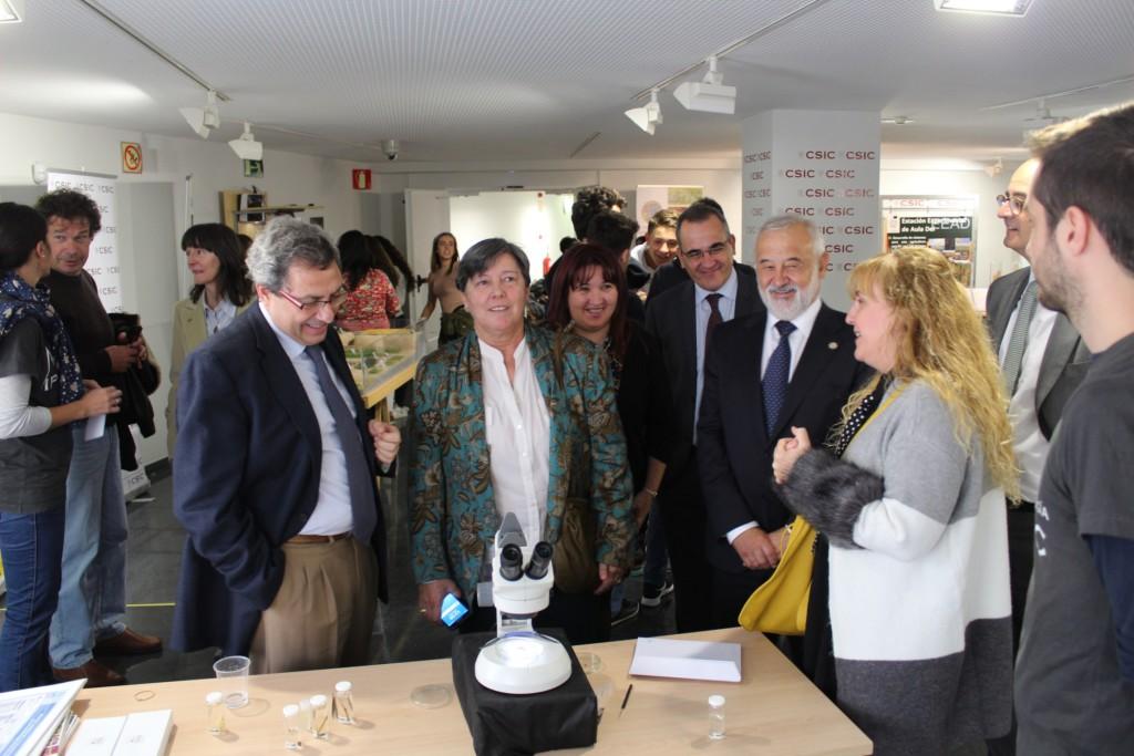 """1.000 estudiantes participan en la """"Semana de la Ciencia"""" del CSIC en Aragón"""