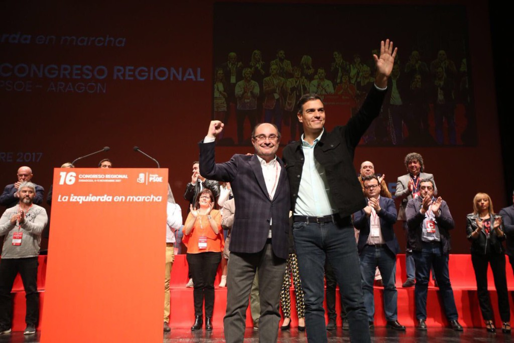 """Javier Lambán sostiene que el PSOE tiene que reivindicar el """"amor a España"""" y oponerse """"con fuerza al secesionismo"""""""