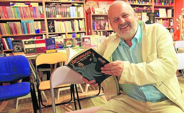 El novelista y guionista Ramón Mayrata presenta este jueves en El Sótano Mágico su nueva novela «Fantasmagoría»