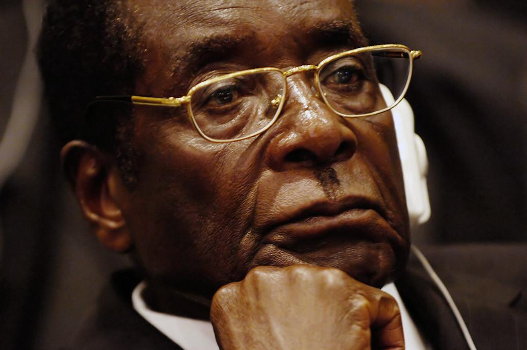 Robert Mugabe dimite, ¿bienvenido Mnangagwa?